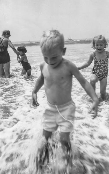 1948 Ron in Santa Monica_0003-EIP (Adjusted)