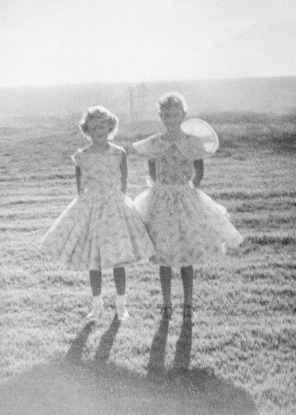 1958c Victoria & Tamara on Easter_0001_a-EIP (Adjusted)