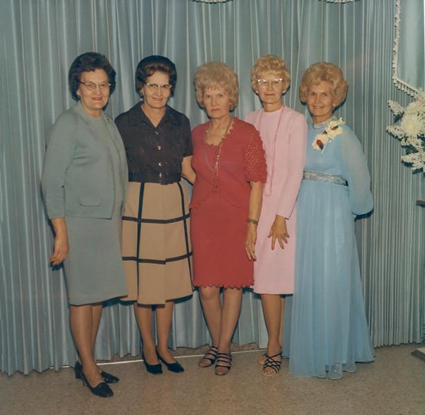 1972-01 Tami's Wedding -- May, Fern, Frona, Beulah & Velva