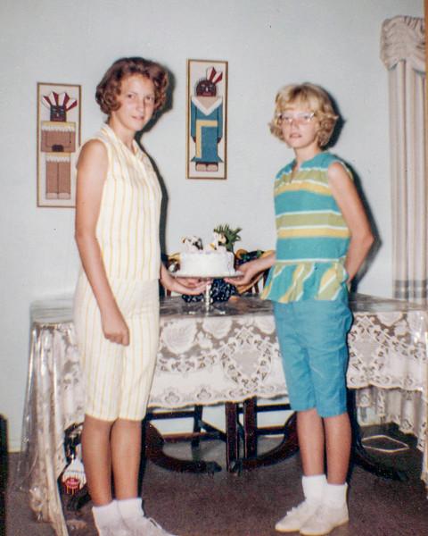 1962 Victoria & Tamara_0001_a-EIP (Adjusted)