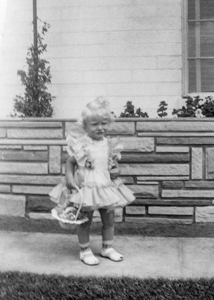 1952-04 Tamara on Easter_0001_a-EIP (Adjusted)