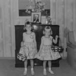 1954-04-18 Vici & Tami