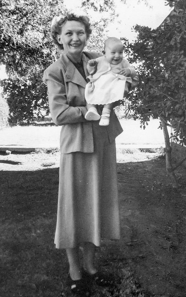 1949-09 Velva with Victoria on Her Blessing Day_0002-EIP (Adjusted)