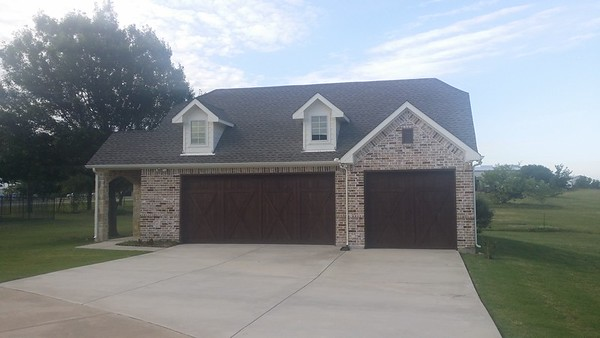Detached garage Haslet