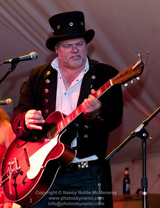 Roots on The River 2011