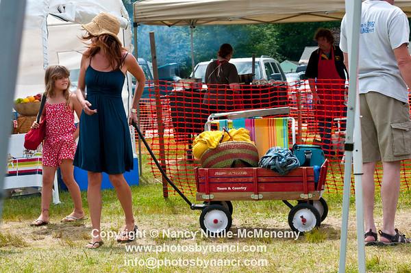 13th Annual Roots on the River Festival Everyday Inn, Bellows Fall VT June 7-10, 2012 Copyright ©2012 Nancy Nutile-McMenemy www.photosbynanci.com