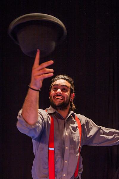 Student of EMAU (Circus school), Rosario, Argentina