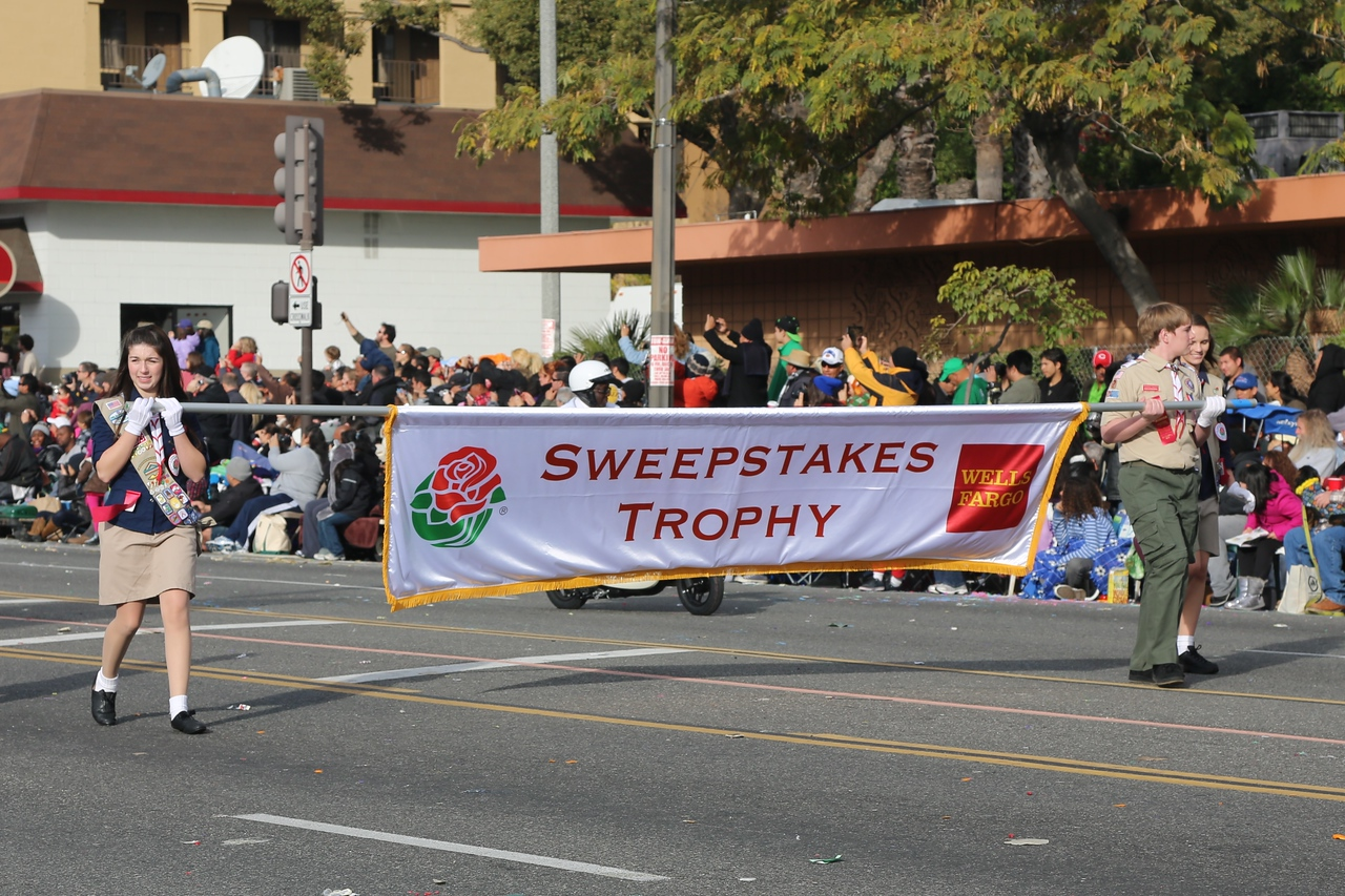 This is the trophy for best overall float