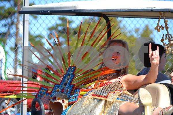 10/19/13 80th Annual Texas Rose Festival Rose Parade by Kevin Hampton, Sarah Miller, Joey Corbett, Marjorie Walle, Vicky Tessaro & Rich Tessaro