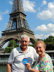 Carol and Mel Anderson at the Eifel Tower in Paris