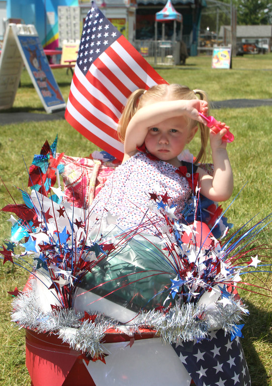 . Adeline Lardner was ready for the Kids Parade.