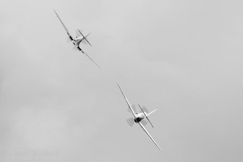 2x Merlin flying away