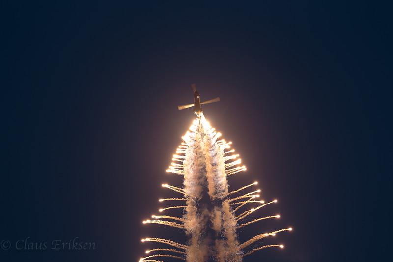 Superpuma with flares