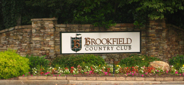 Brookfield Country Club Community