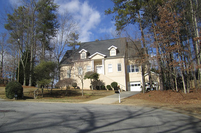 Carriage Lakes Roswell GA Homes (1)