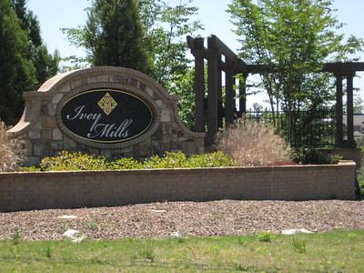 Ivey Mills Roswell GA Community (1)