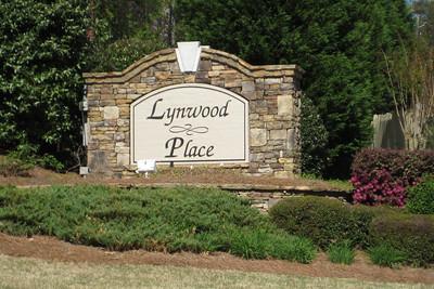 Lynwood Place Roswell Georgia Neighborhood (2)