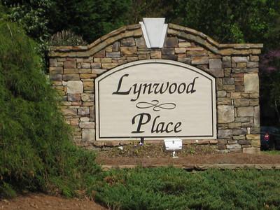 Lynwood Place Roswell Georgia Neighborhood (5)