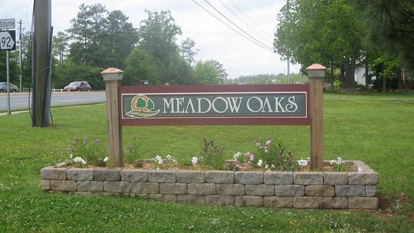 Meadow Oaks  Roswell Community (2)