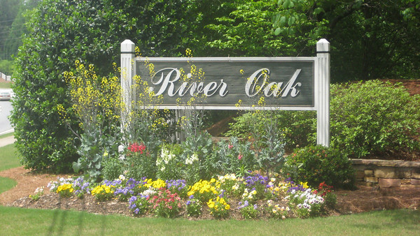 River Oak Roswell GA Neighborhood (3)