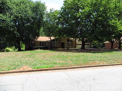 Saddle Creek Roswell GA Community (13)