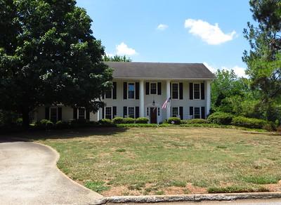 Saddle Creek Roswell GA Community (3)