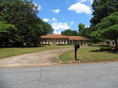 Saddle Creek Roswell GA Community (7)