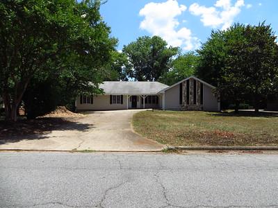 Saddle Creek Roswell GA Community (15)