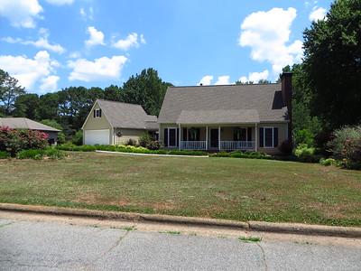 Saddle Creek Roswell GA Community (12)