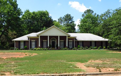 Saddle Creek Roswell GA Community (5)