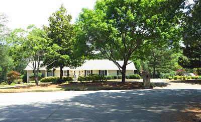 Saddle Creek Roswell GA Community (8)