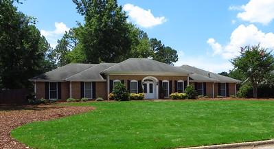 Saddle Creek Roswell GA Community (2)