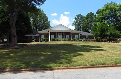 Saddle Creek Roswell GA Community (9)