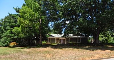 Saddle Creek Roswell GA Community (1)