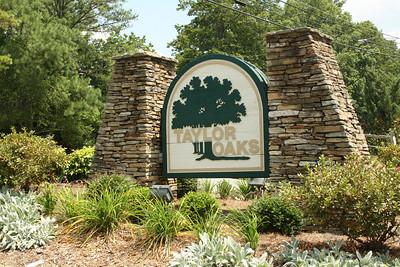 Taylor Oaks-Roswell GA Community (4)
