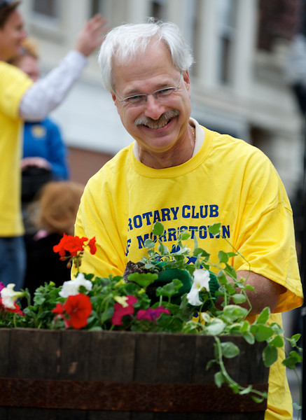 Morristown Rotary Spring Barrel Planting