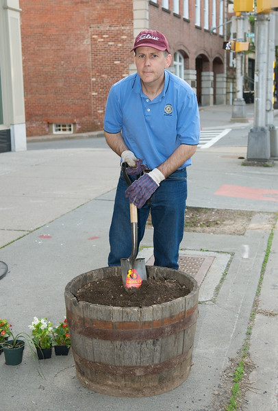 May 13, 2009 - Morristown Rotary Barrel Planting © David Shapiro