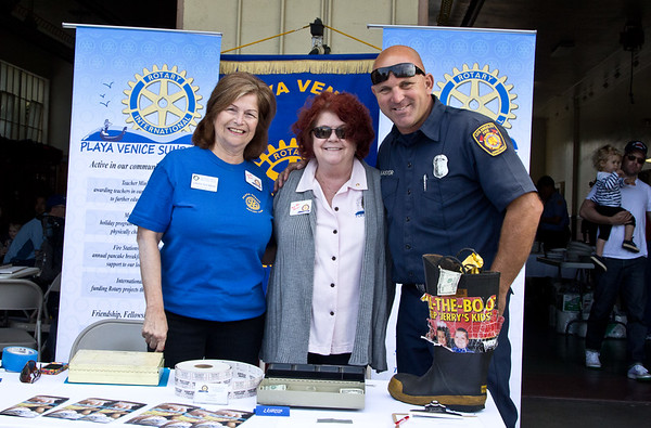 2012 Pancake breakfast at Fire Station 63. Sponsored by the Rotary Club of Playa Venice Sunrise