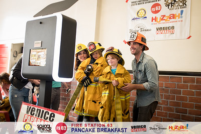 Fire Station 63 Pancake Breakfast.  Venice, CA.  Photo by @VenicePaparazzi