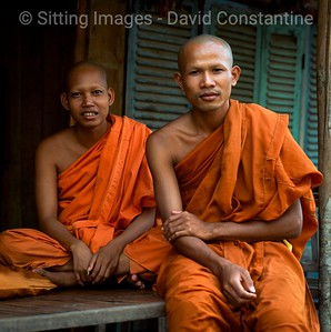 Two Buddhist monks ,  Phnom Penh,  Cambodia  © David Constantine  / Axiom