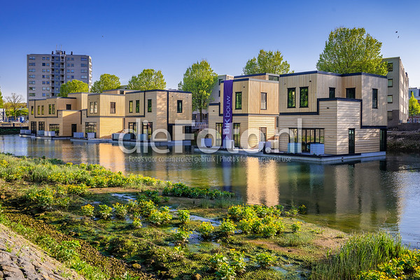 Drijvende woningen Havenloft Nassauhaven Rotterdam