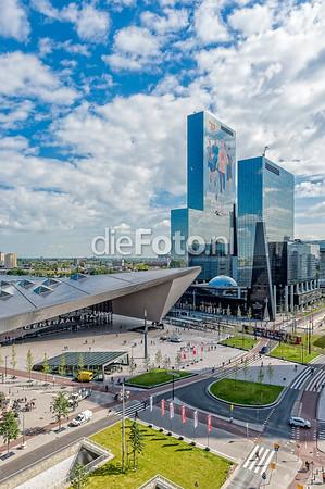 Het Plein voor Centraal Station Rotterdam