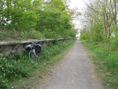 Former railway line north of Hull