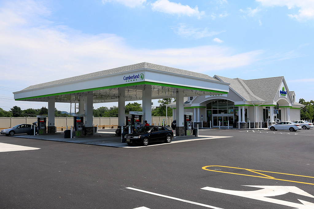 . Route 38 or Main Street in Tewksbury has had some upgrades made to the development along the Route Recently. Cumberland Farms at 265 Main Street opened this May just off of Route 495. SUN//JOHN LOVE