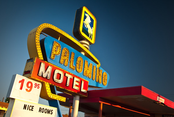 Palomino Motel Sign