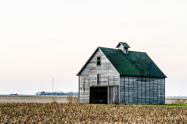 Old Barn Near Pontiac