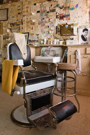 Angel's Barber Chair 63021