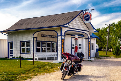 Standard Oil Gasoline Station, Odell, IL