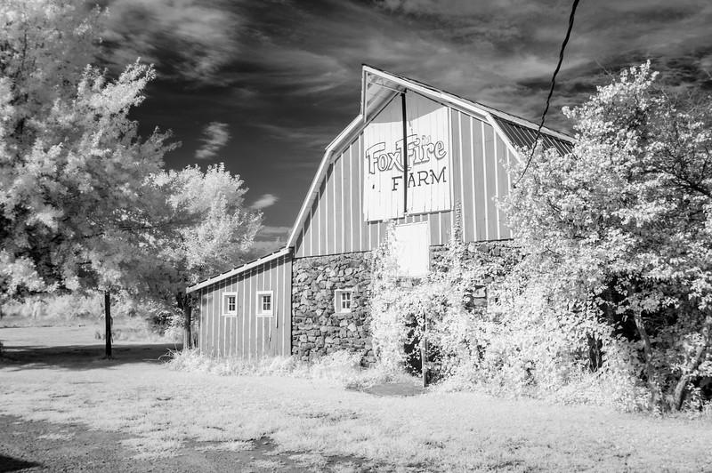 Foxfire Farm Barn Red Oak II