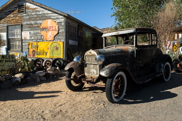 Old Ford at the General Store 76157